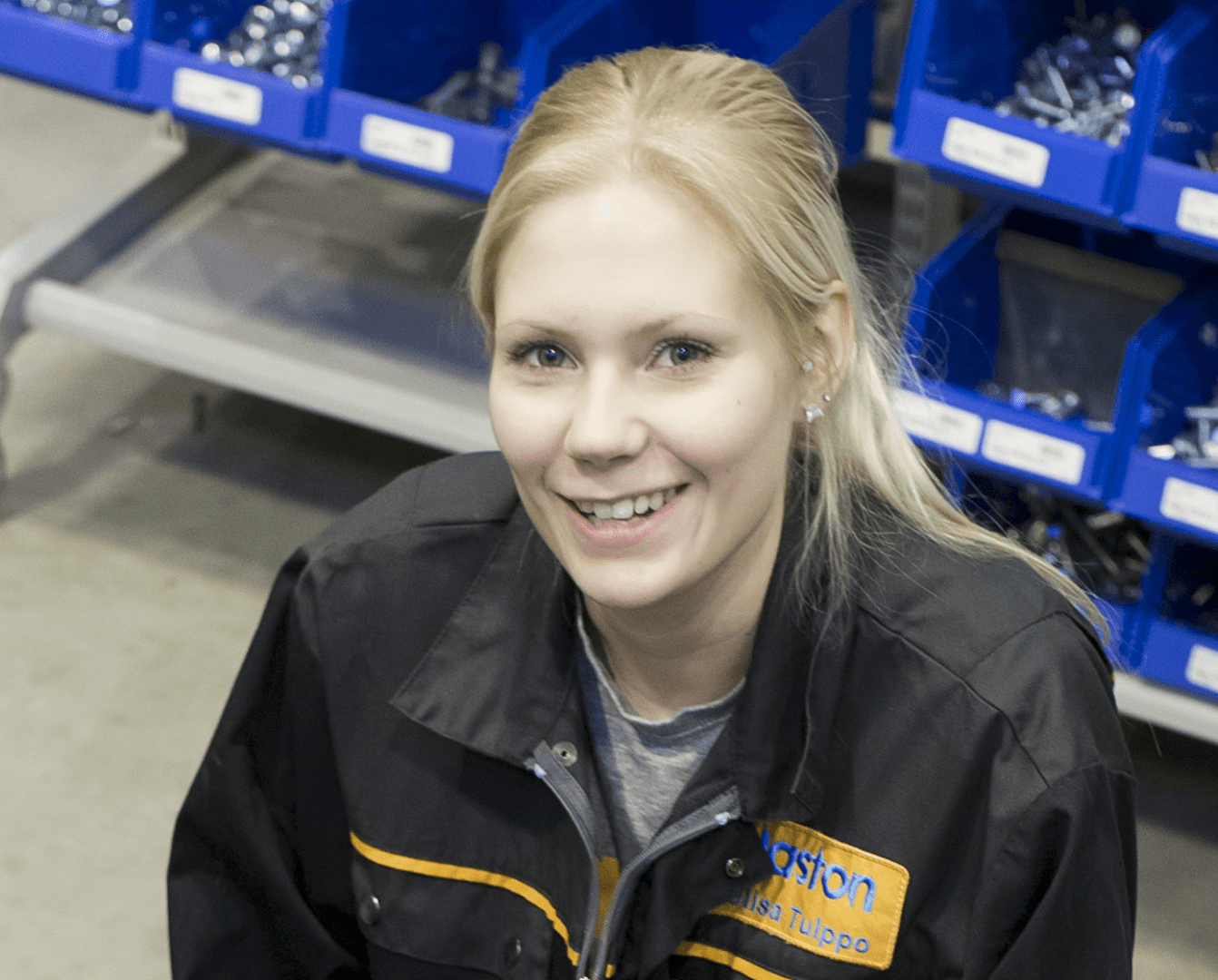 Melisa Tulppo working at Glaston Finland